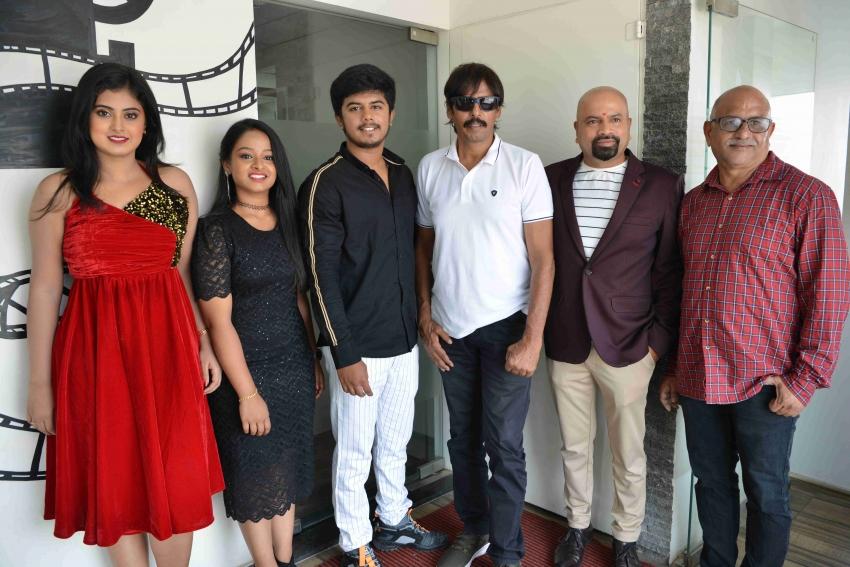 Manasaagide Film Press Meet Photos