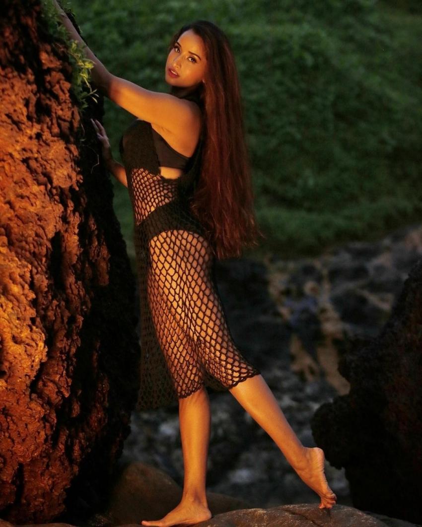 Pooja Bhalekar Photos