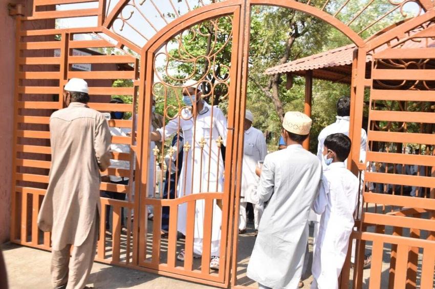 Zaid Darbaar  Mortal at Versova Kabrastaan Photos