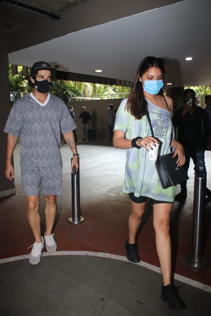 Aditya Seal & Anushka Ranjan snapped at Mumbai Airport Photos