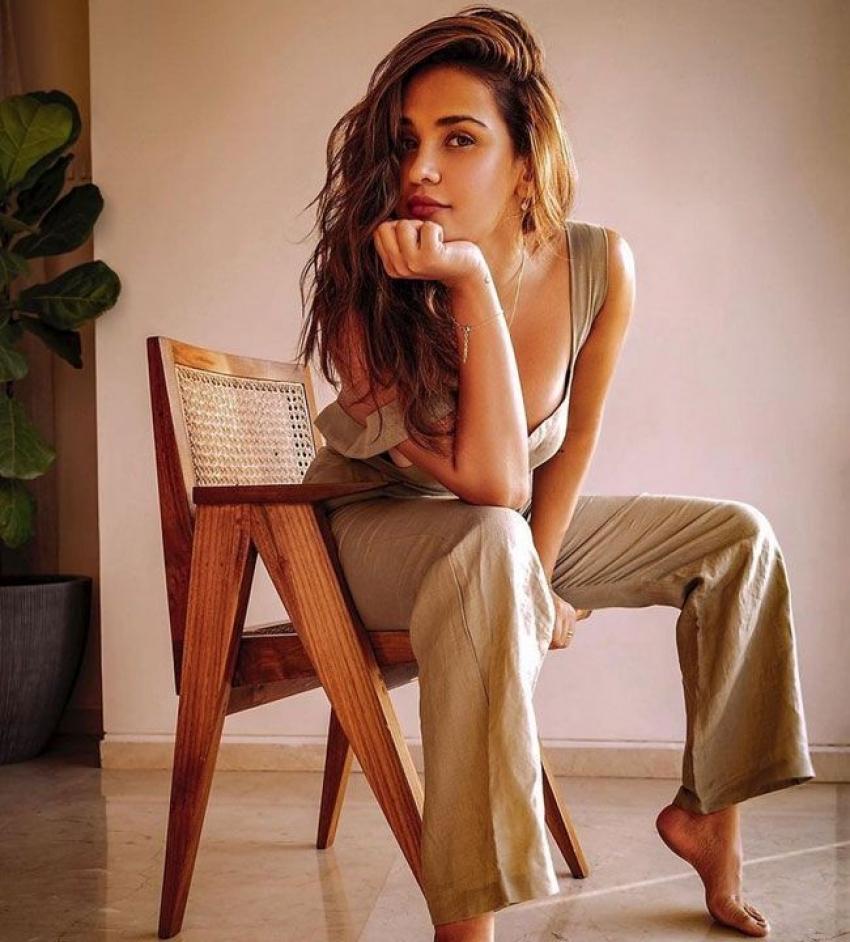 Aisha Sharma Photos
