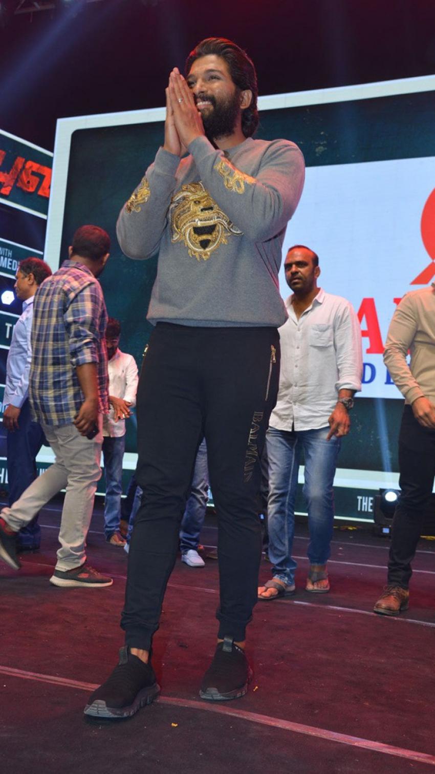 Allu Arjun Birthday celeberation Photos