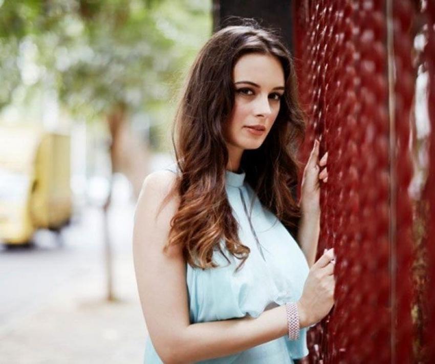 Evelyn Sharma Photos