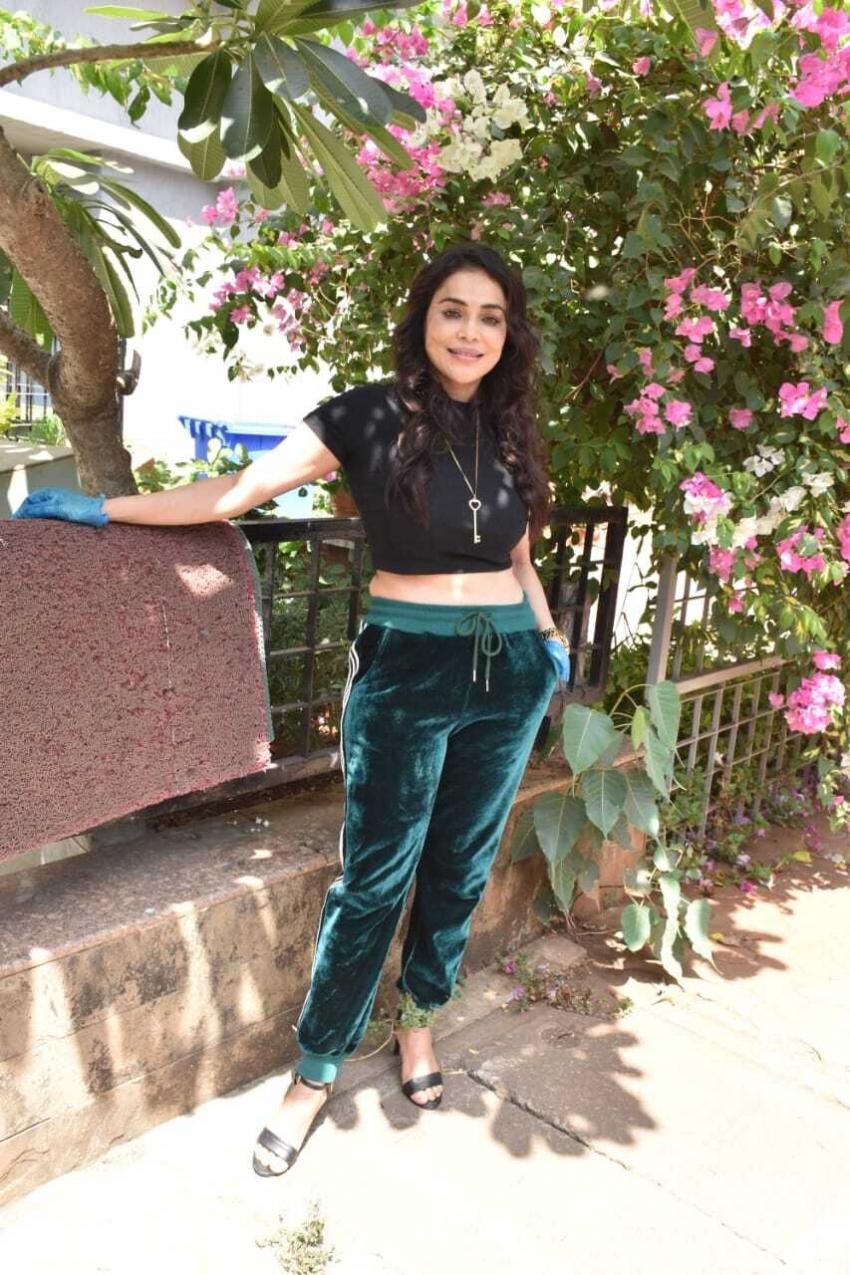 Nikita Rawal Photos