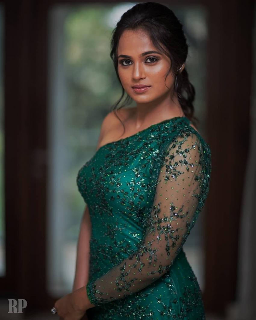 Ramya Pandian Photos