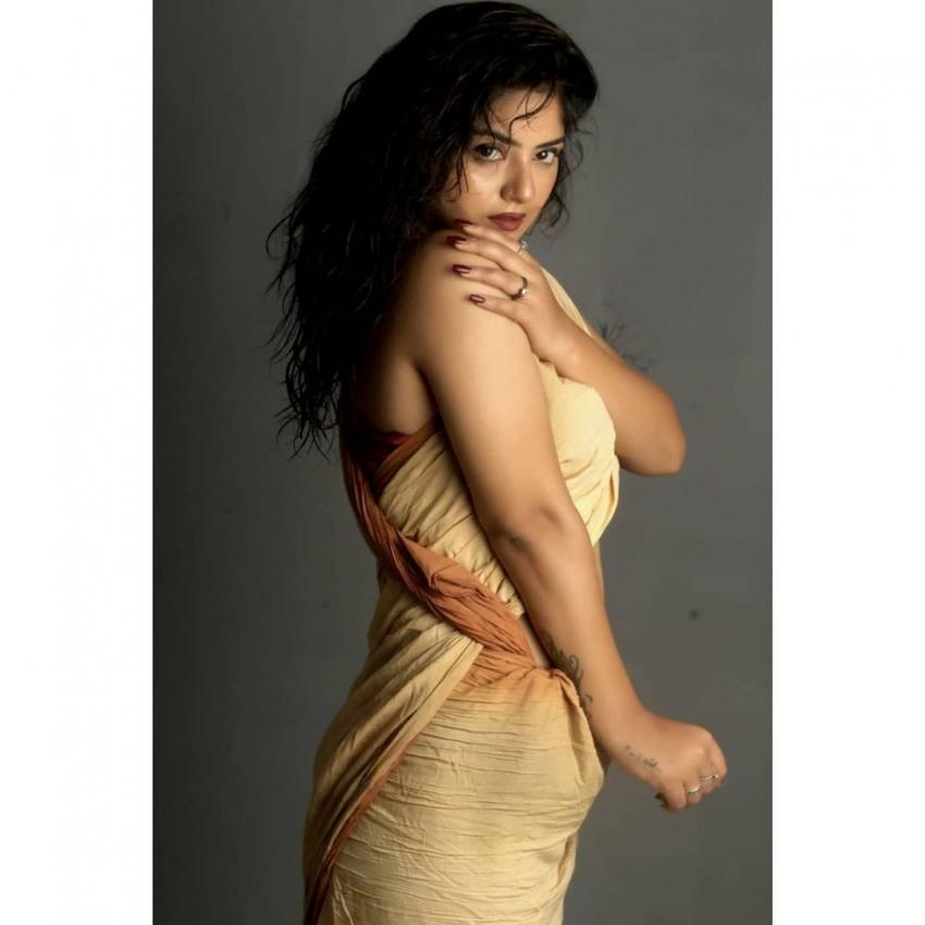 Shreya Tyaghi Photos