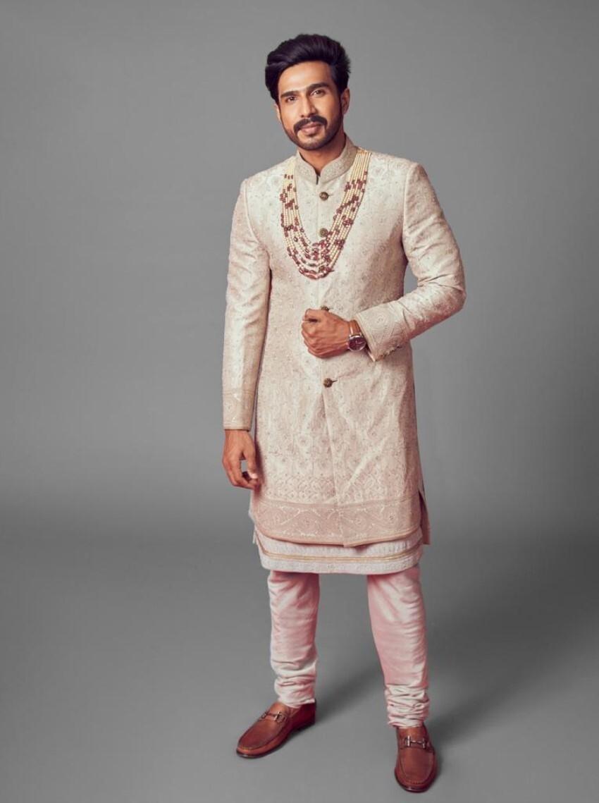 Actor Vishnu Vishal & Badminton Champion Jwala Gutta North Indian Wedding Ceremony Photos