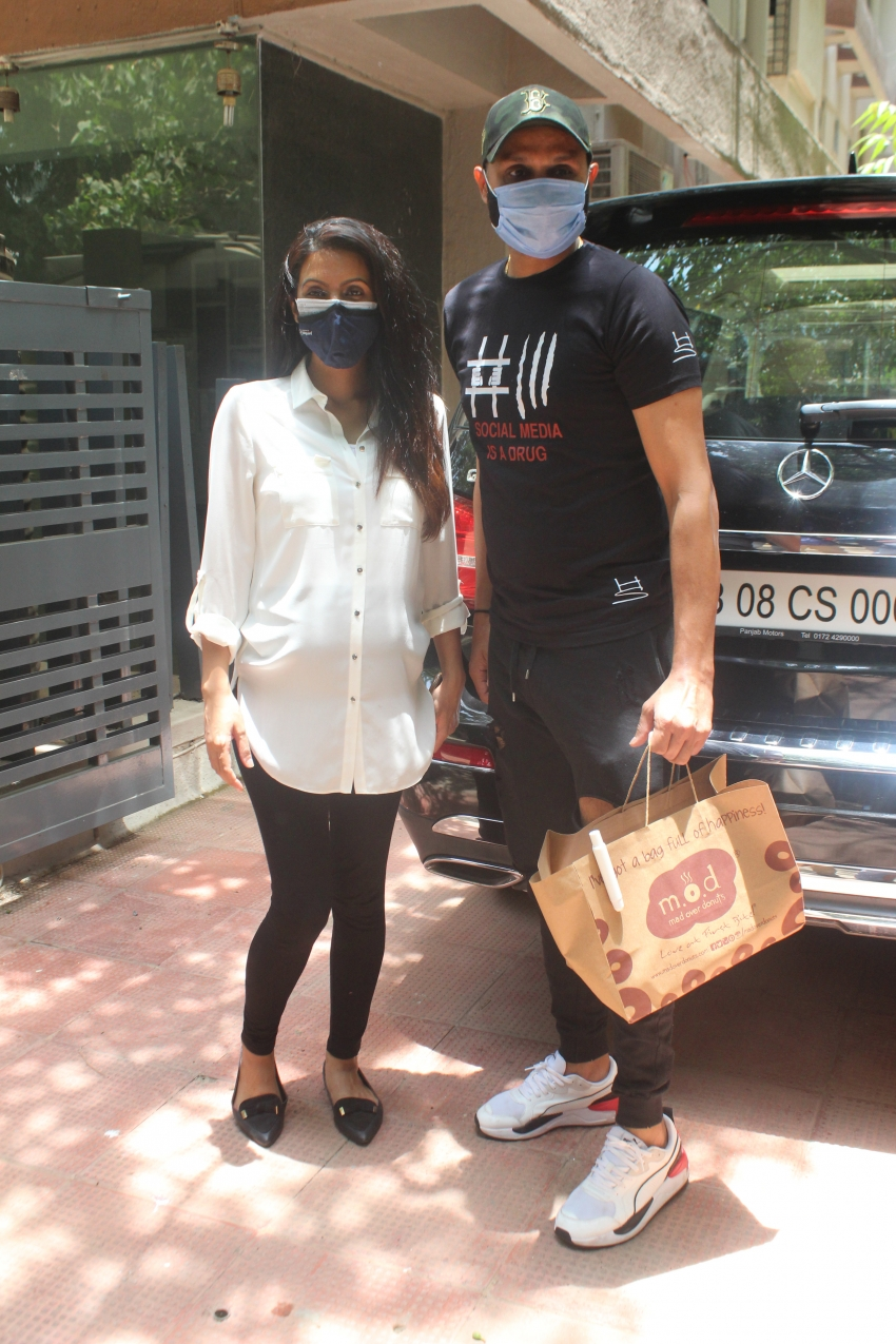 Harbhajan Singh & Geeta Basra Spotted At Clinic In Bandra Photos