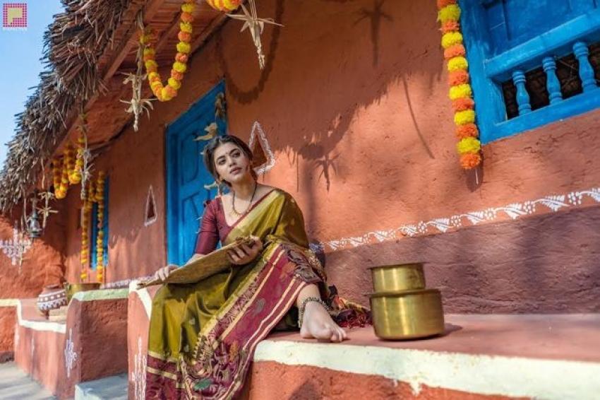Yamini Bharadwaj Photos