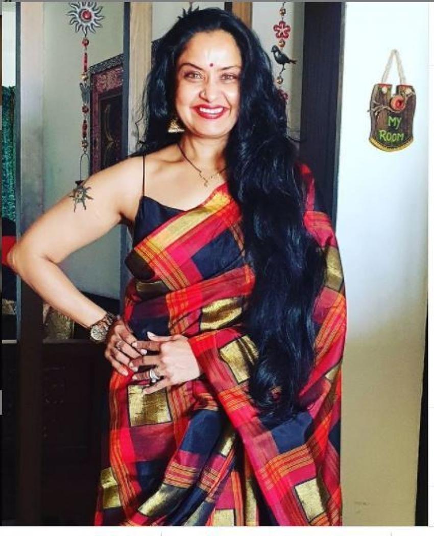 నటి ప్రగతి హాట్ ఫోటో గ్యాలరీ... మీరు ఎప్పుడూ చూడని ఫోటోలు!
