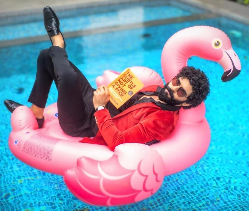 எப்பவுமே அவுட் ஆஃப் பாக்ஸ் திங்கிங் தான்.. பிக் பாஸ் பாலாஜி முருகதாஸின் வேற லெவல் ஸ்டில்ஸ்!