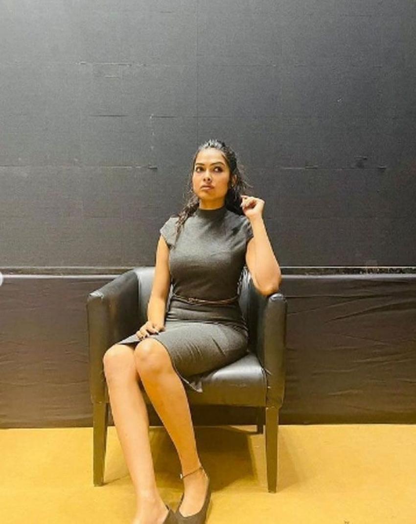 Divi Vadthya Photos