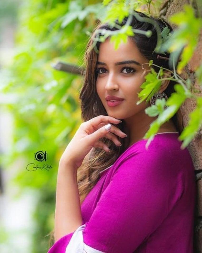 Pujita Ponnada Photos