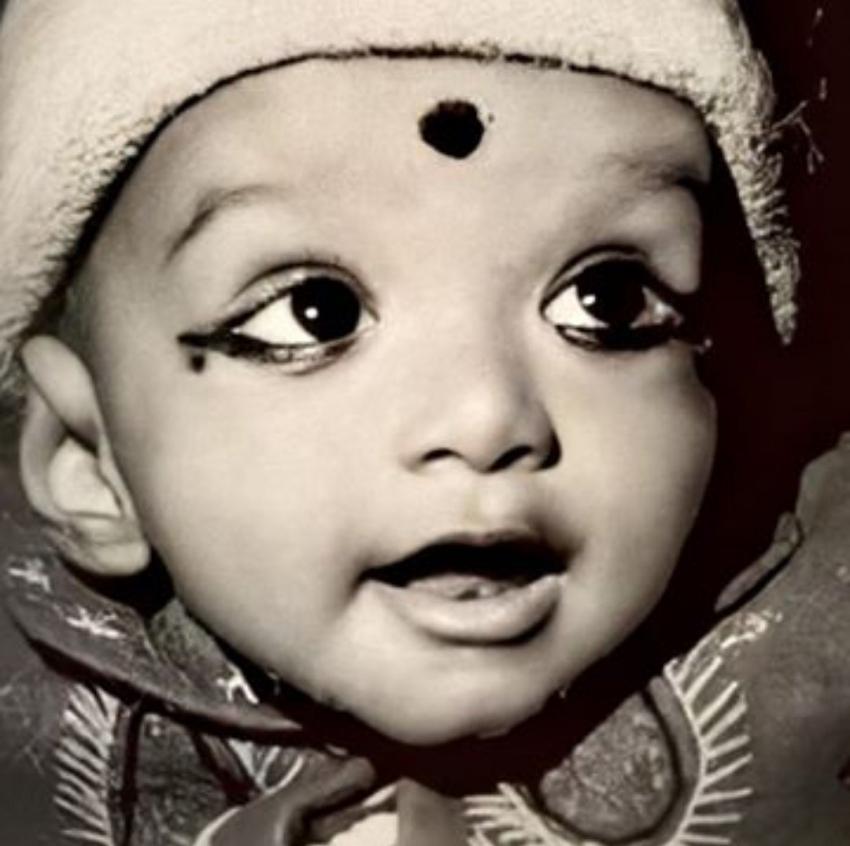 തെന്നിന്ത്യയിലെ  ഈ  സൂപ്പർ താരത്തെ മനസ്സിലായോ, വിജയിയുടെ  ചിത്രങ്ങൾ വൈറലാകുന്നു