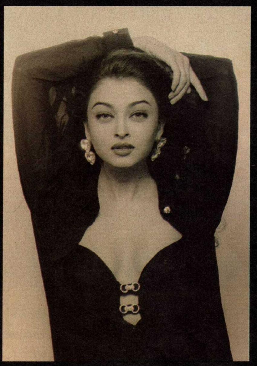ऐश्वर्या राय बच्चन की Rare तस्वीरों से नजर नहीं हटा पायेंगे, इतनी खूबसूरत