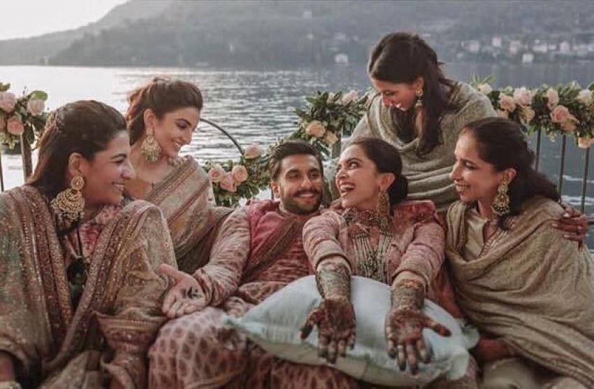 रणवीर सिंह और दीपिका पादुकोण की रोमांटिक तस्वीरें