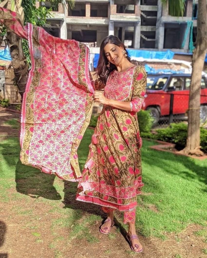 Aahana Kumra Photos