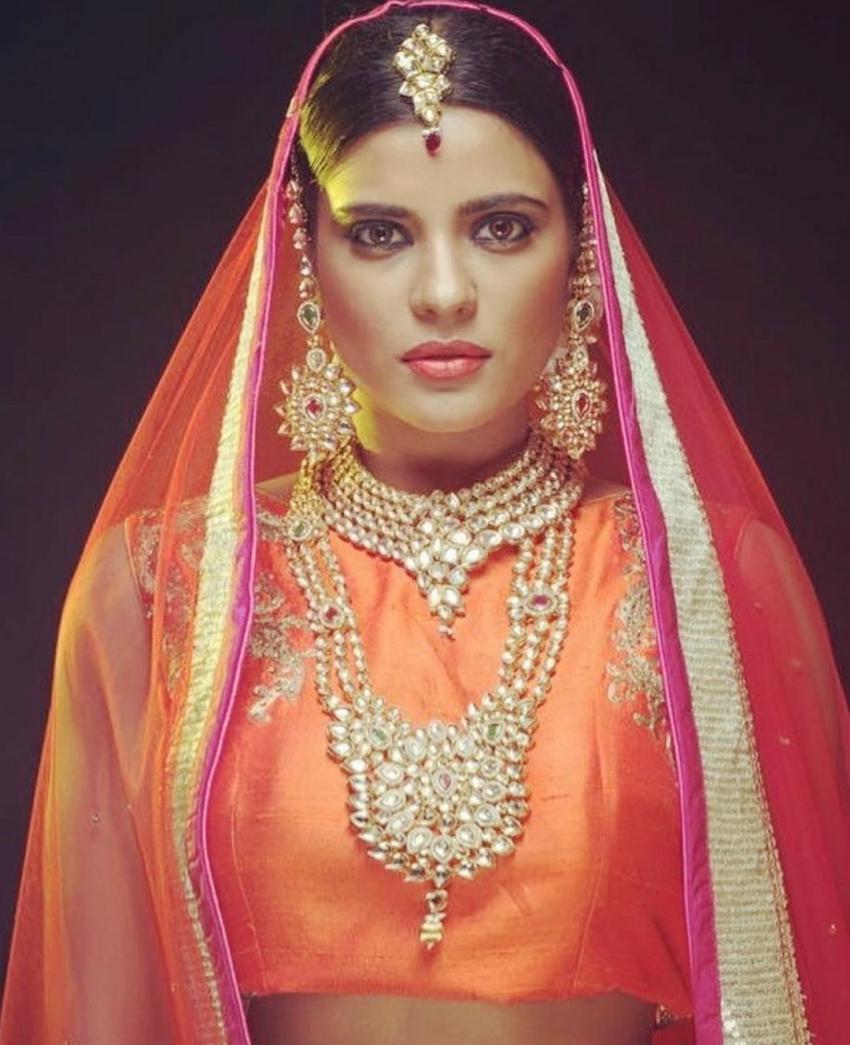 ப்பா.. என்னா லுக்.. அந்த நடிகையா இப்படி.. ஐஸ்வர்யா ராஜேஷின் லேட்டஸ்ட் போட்டோஸ்!