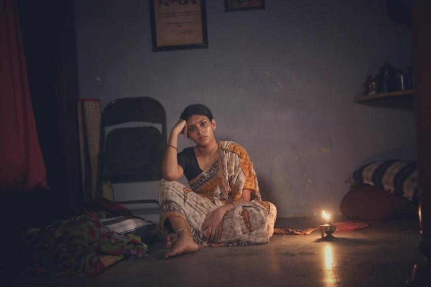 சார்பட்டா பரம்பரையில் மாரியம்மாவாக தூள் கிளப்பிய துஷரா விஜயன் லேட்டஸ்ட் பிக்ஸ்!