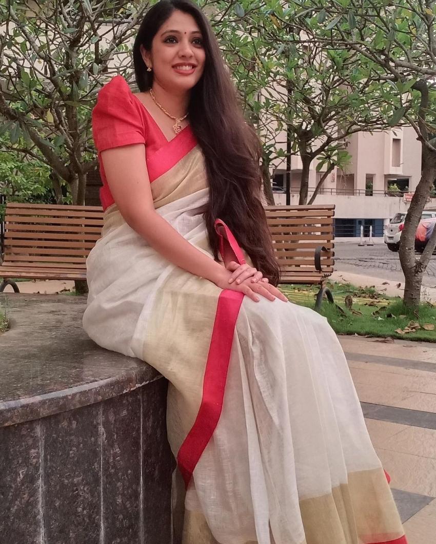 ശരിക്കും മാലാഖ തന്നെ, വീണ നന്ദകുമാറിന്റെ  പുതിയ ചിത്രം  വൈറലാകുന്നു