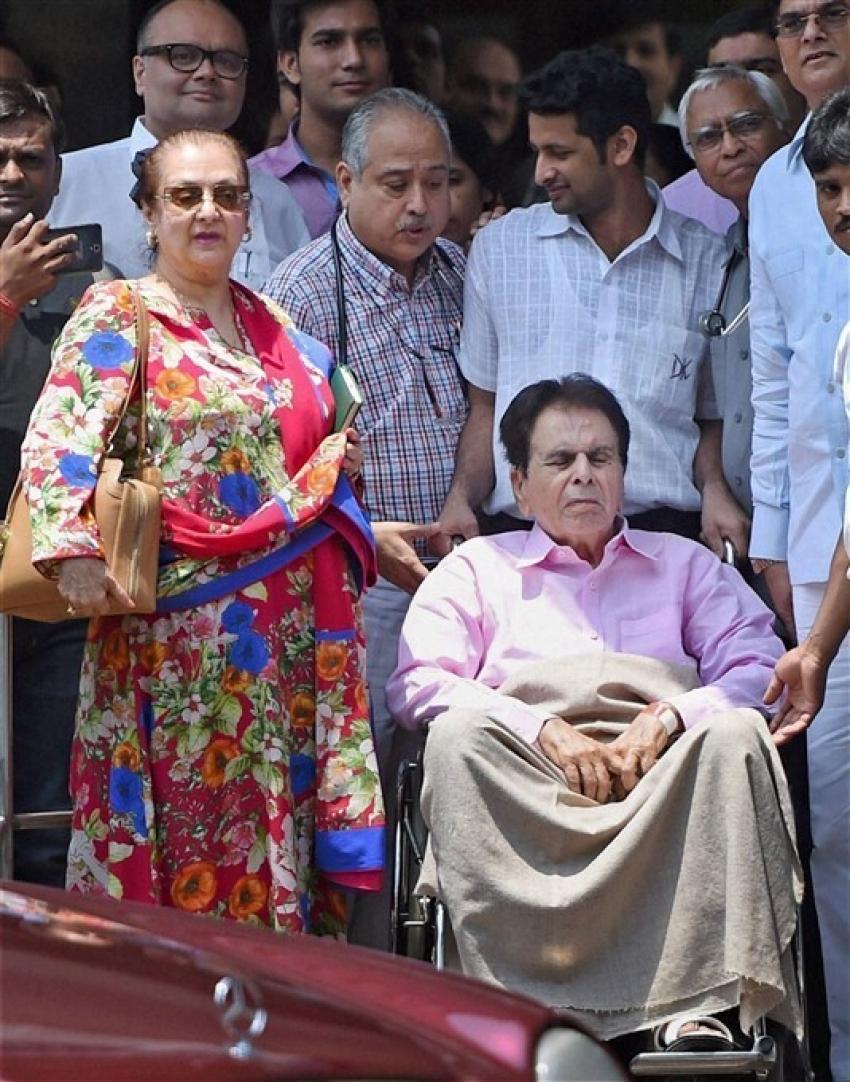 ബോളിവുഡ്  ഇതിഹാസ ദിലീപ് കുമാറിന്റെ പഴയകാല ചിത്രങ്ങള് വൈറല്, കാണാം