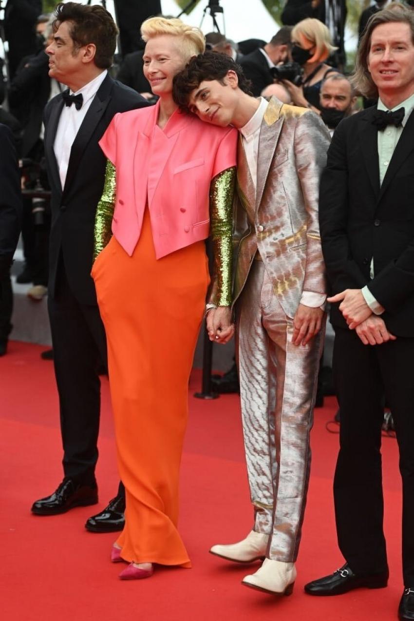 Cannes Film Festival 2021.. రెడ్ కార్పెట్పై తారల తళుకుబెళుకులు