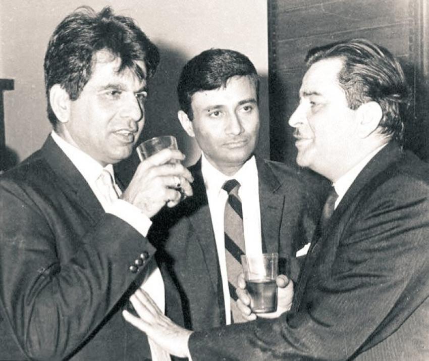 Dilip Kumar కన్నుమూత: భారతీయ సినీ దిగ్గజం అరుదైన ఫోటోలు..