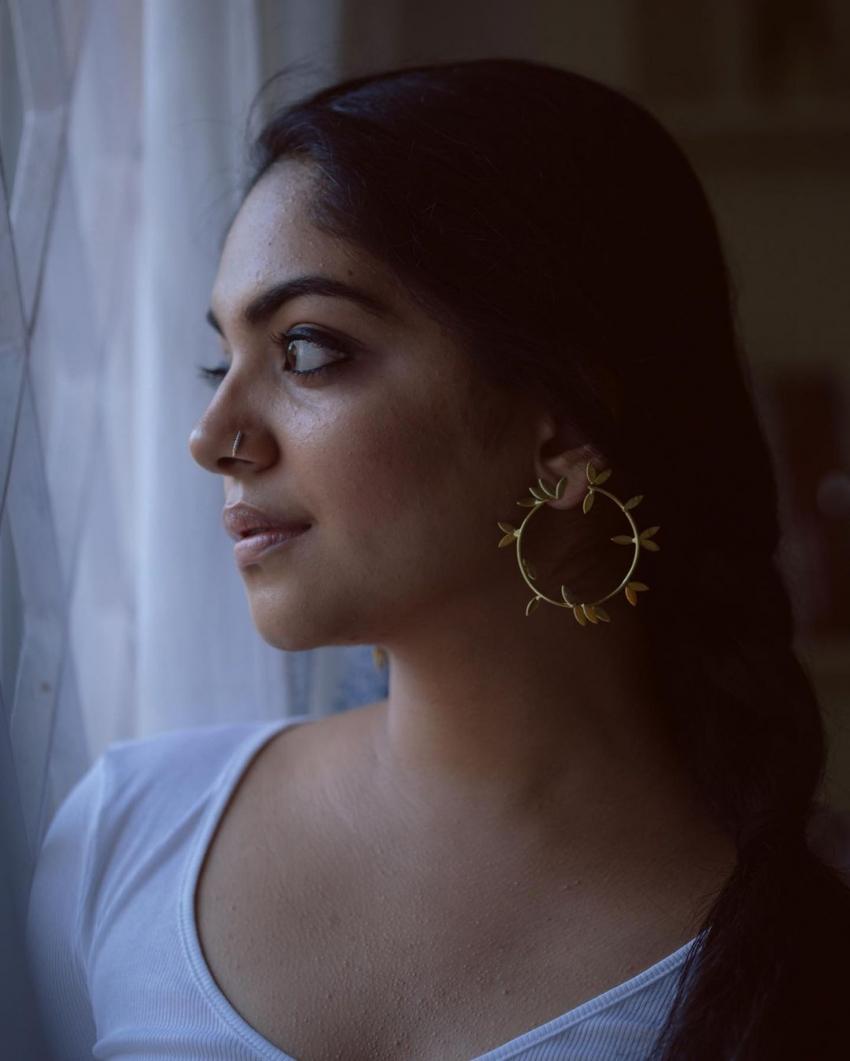 അഹാന കൃഷ്ണയുടെ ലേറ്റസ്റ്റ് ചിത്രങ്ങള് വൈറലാകുന്നു, കാണാം
