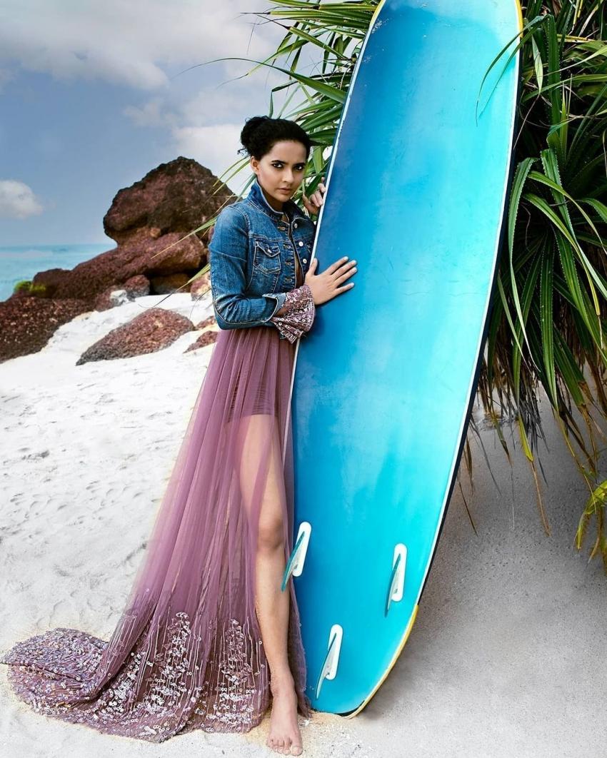 ഗാനഗന്ധര്വ്വന് നായിക അതുല്യ ചന്ദ്രയുടെ ചിത്രങ്ങള് വൈറല്, കാണാം