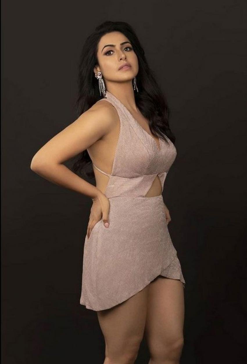 Nandini Rai Photos