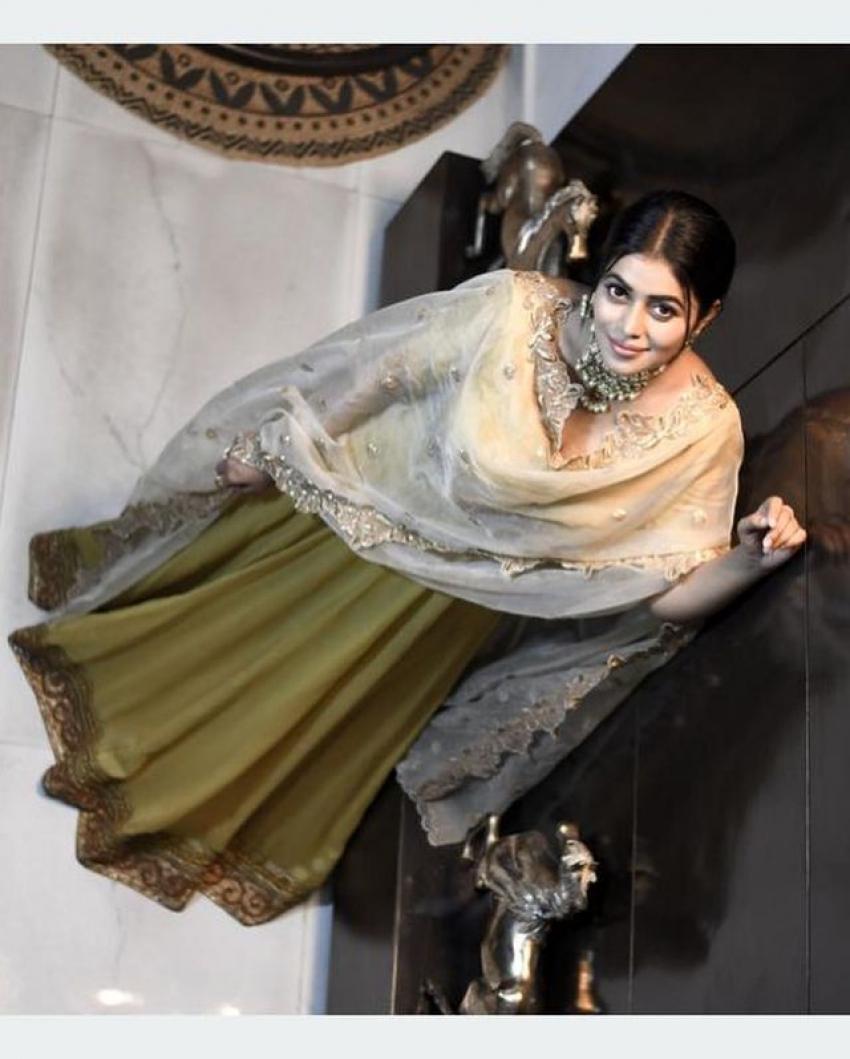 அசர வைக்கும் அழகில் நடிகை பூர்ணா...க்யூட் ஃபோட்டோஸ்