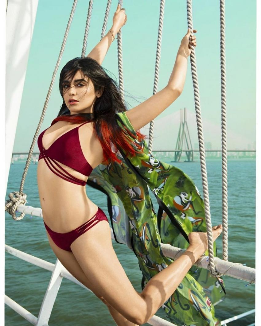 Adah Sharma బికినీ అందాలన్నీ ఒక్క చోట.. చిన్నప్పటి నుంచీ ఇప్పటిదాకా!