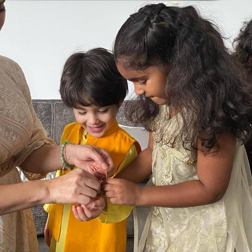 ഇതാണ് സണ്ണി ലിയോണിയുടെ ഹാപ്പി ഫാമിലി, ചിത്രം  വൈറലാവുന്നു