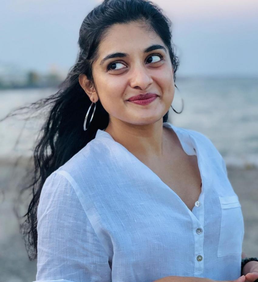 സിമ്പിൾ ലുക്കിൽ സുന്ദരിയായി നിവേദ തോമസ്, ചിത്രം വൈറൽ