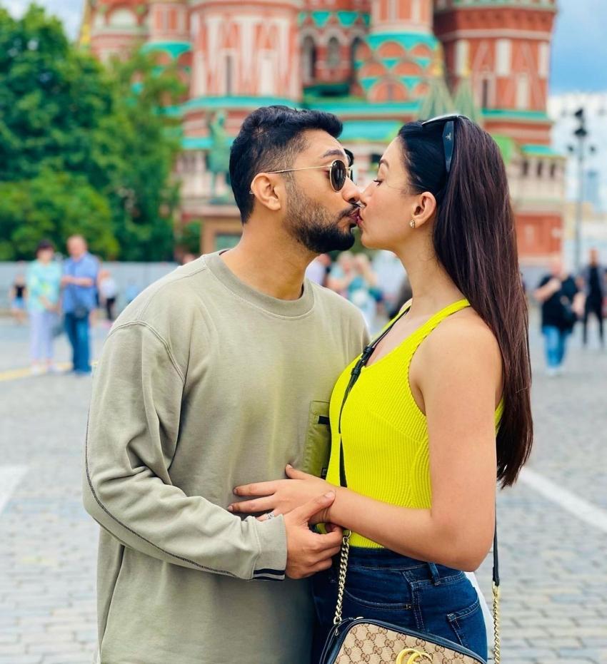Gauahar Khan Birthday Special! Gauahar Khan And Zaid Darbar's Romantic Moments Photos