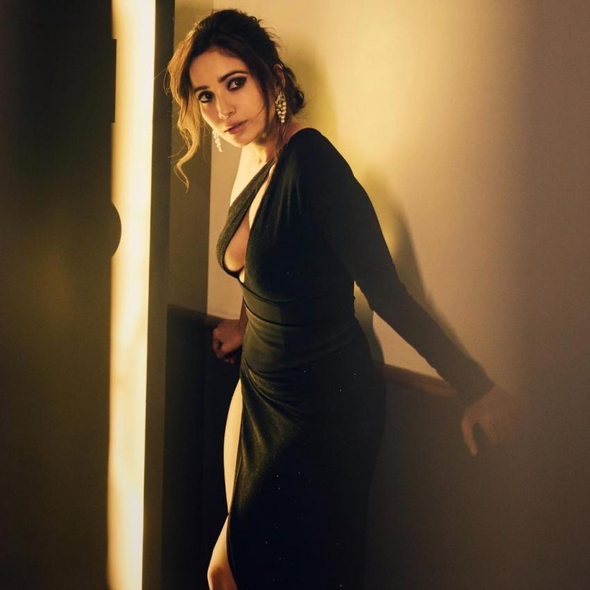 Happy Birthday Asha Negi: Pavitra Rishta Actress' Pictures Prove She Is A New Fashionista In Telly World Photos