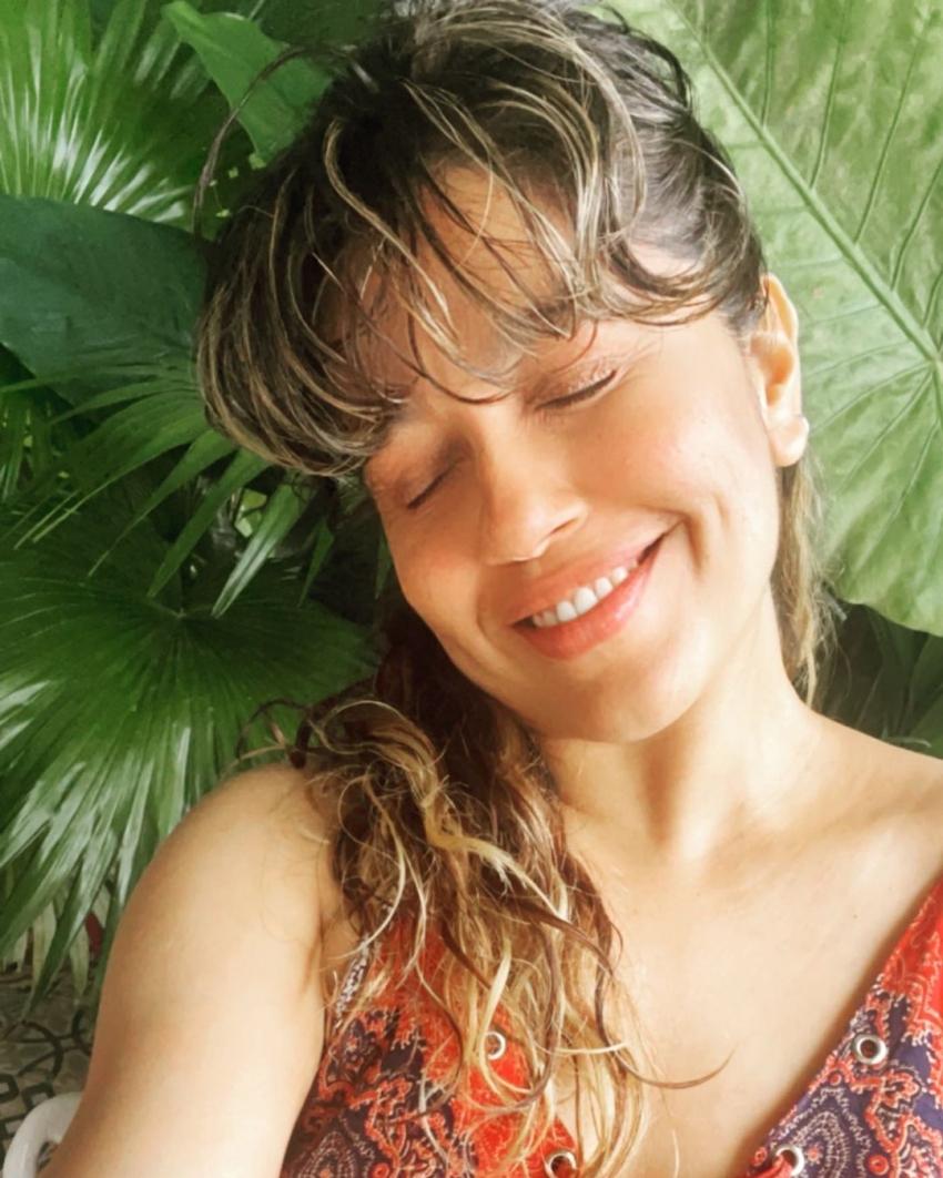 സ്റ്റൈലൻ ലുക്കിൽ സുന്ദരിയായി രഞ്ജിനി ഹരിദാസ്, ആകെ മാറിപ്പോയി, പുതിയ ചിത്രം നോക്കൂ