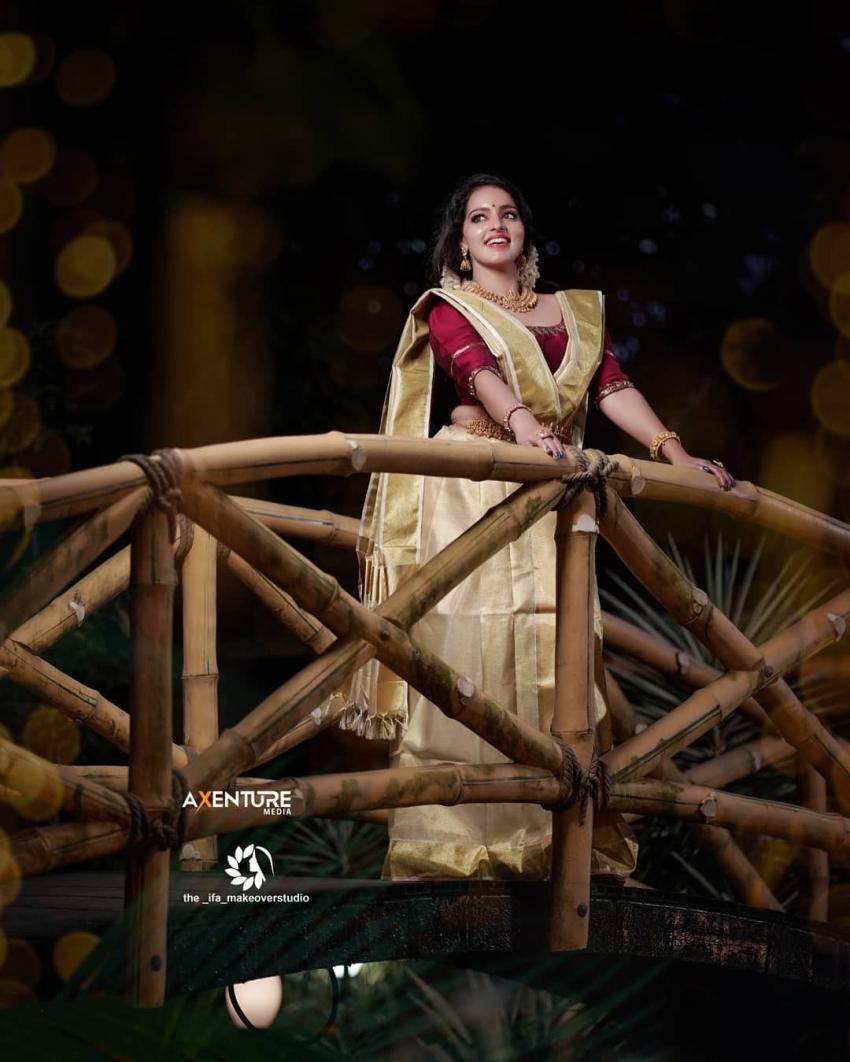 കേരള സാരിയിൽ  സുന്ദരിയായി  മാളവിക മേനോൻ,   ചിത്രം വൈറലാകുന്നു
