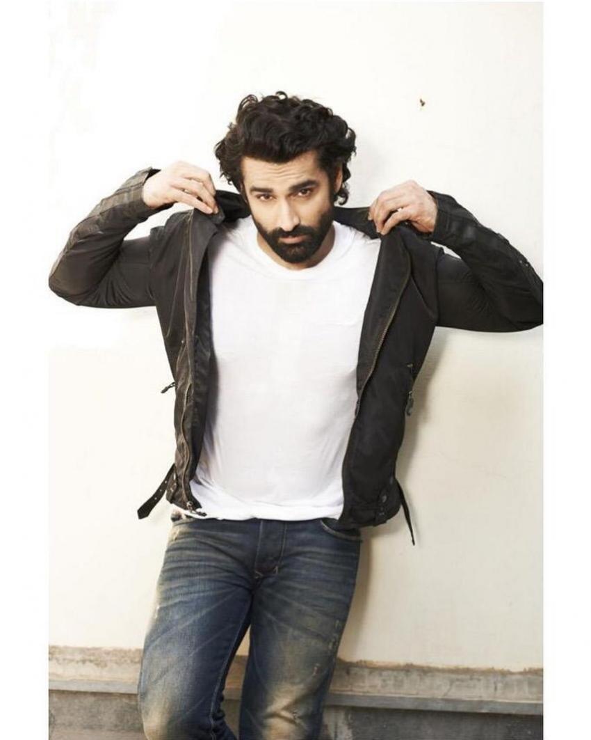 Karan Nath Photos