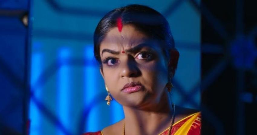 Karthika Deepam అంజికి తలకు పిస్టల్ గురిపెట్టిన మోనిత.. తుపాకి పేలడంతో టెన్షన్లో దీప