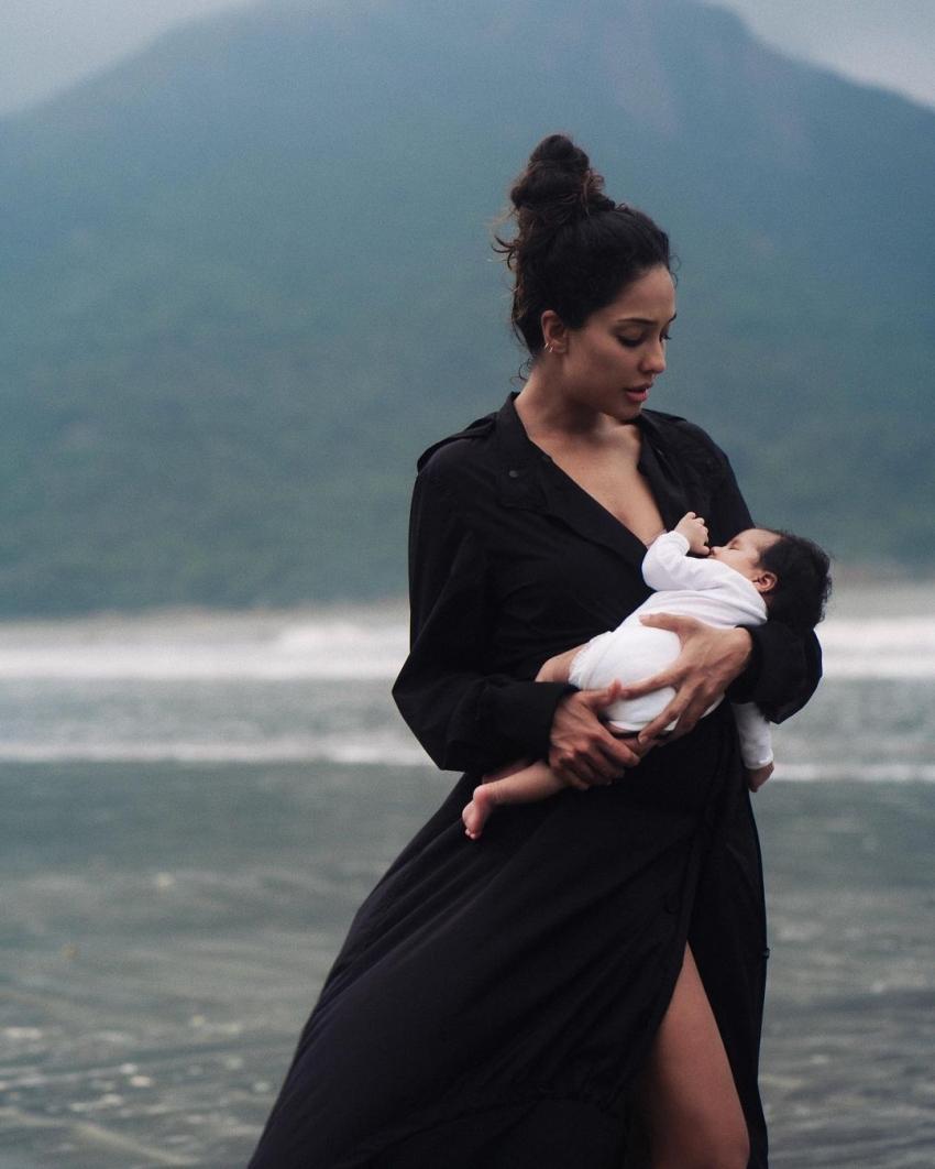 Lisa Haydon's Breathtaking Photos With Baby Lara Photos