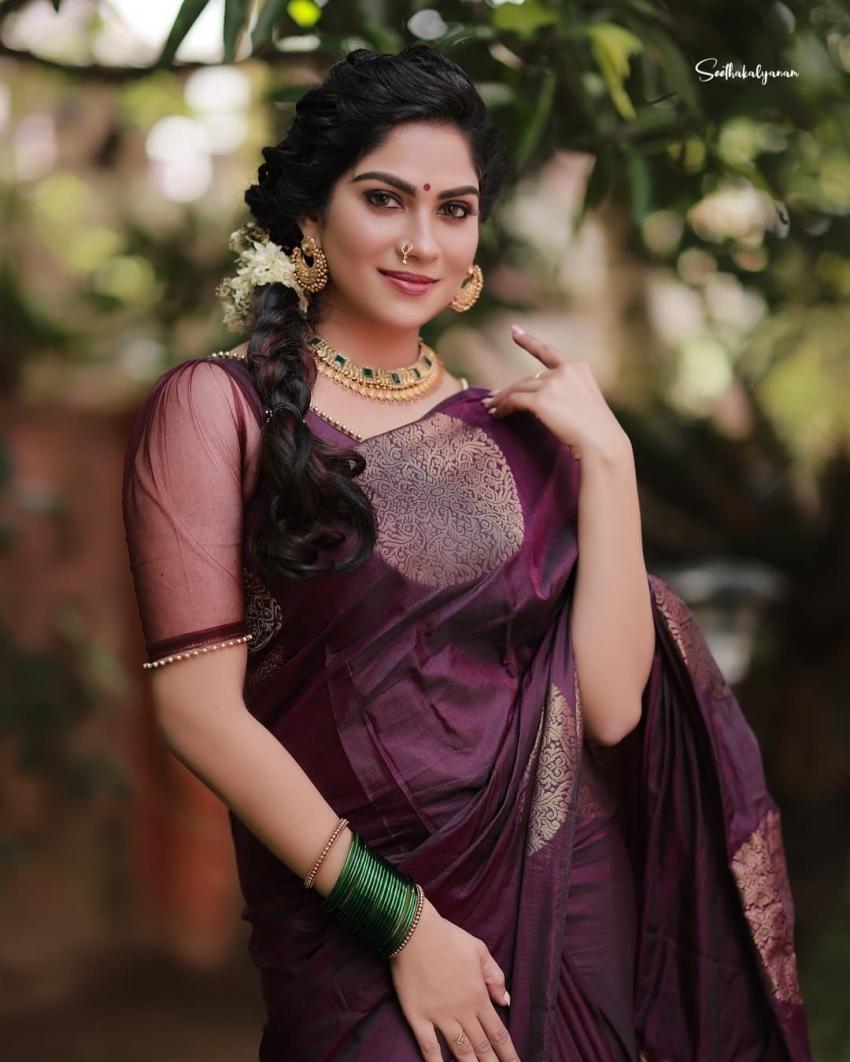 സാരിയിൽ സാസ്വിക കൂടുതൽ സുന്ദരിയായിട്ടുണ്ട്,  ചിത്രം നോക്കൂ