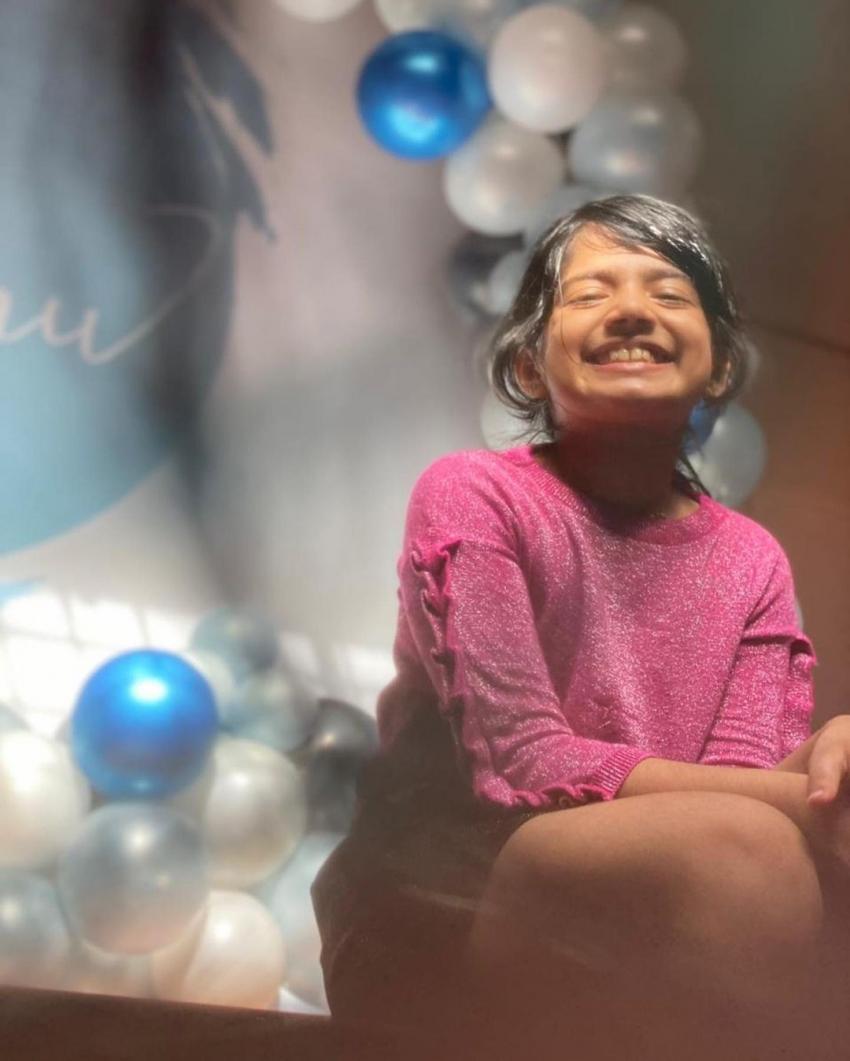 കുടുംബത്തിനോടൊപ്പം പിറന്നാൾ  ഗംഭീരമാക്കി അമൃത സുരേഷ്, ചിത്രം കാണൂ
