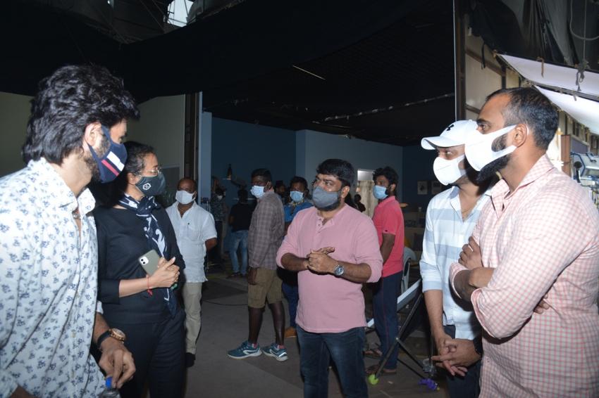 Sridevi Soda Center యూనిట్కు మహేష్ బాబు, నమ్రత అభినందనలు.. సుధీర్ బాబు కెరీర్ బెస్ట్ అంటూ!