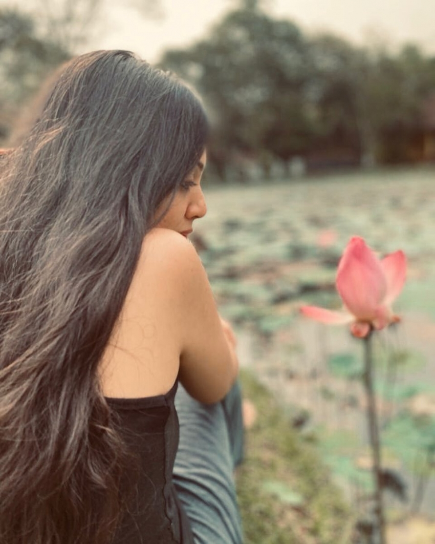 Veena Nandhakumar Photos