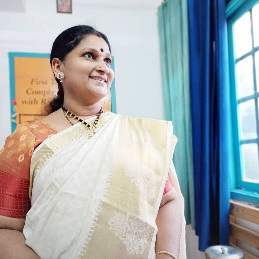 Paata Uttej: నా భవిష్యత్తు ఇలా వదిలేశావ్ ఏంటమ్మా.. కన్నీళ్లు తెప్పిస్తున్న ఉత్తేజ్ కూతురి పోస్ట్