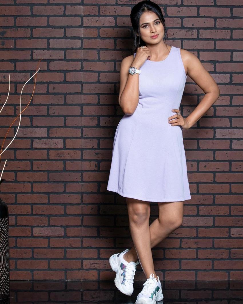 செம மாடர்ன் லுக்கில் நடிகை ரம்யா பாண்டியன்.. வேற லெவல் போட்டோஸ்.. திணறும் இன்ஸ்டா!