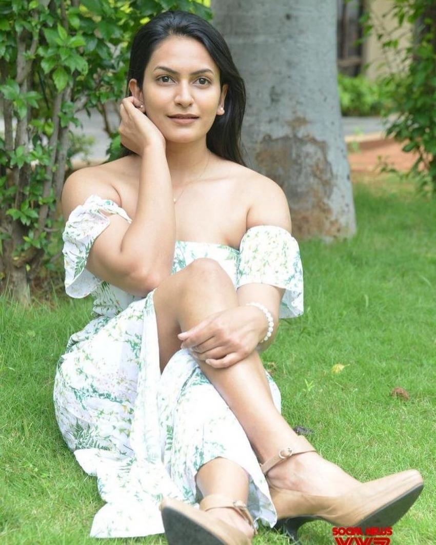 Bigg Boss Telugu 5 Contestants photo gallery: జాబితాలో పేర్లు గల్లంతు..  యాంకర్ రవితోపాటు ఎవరు వెళ్తున్నారంటే!