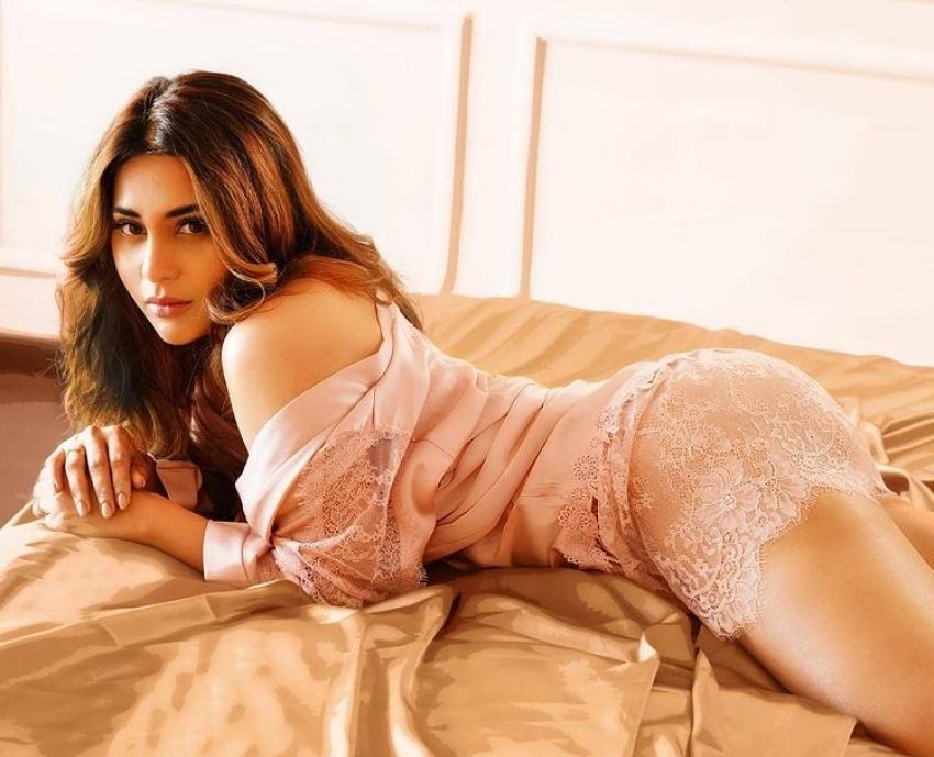 Hamida Khatoon in Bigg Boss Telugu 5: సడెన్గా బిగ్బాస్లో మెరిసిన బెంగాళీ భామ.. ఈమెను ఎందుకు సెలెక్ట్ చేశారంటే?