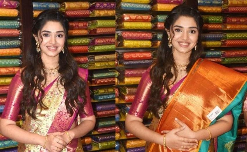 Krithi Shetty : కూకట్పల్లిలో సందడి చేసిన బేబమ్మ.. పట్టు చీరలో ఎంత క్యూట్ గా ఉందో చూశారా?